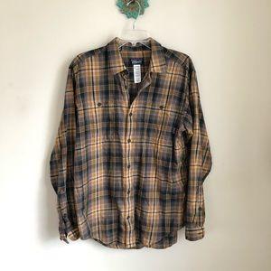 Patagonia • men's plaid button down shirt orange